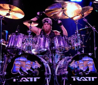 RATT's Bobby Blotzer talks bandmates, business and more with LRI