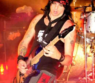 L.A. Guns guitarist Stacey Blades talks about his playing, his bandmates and more