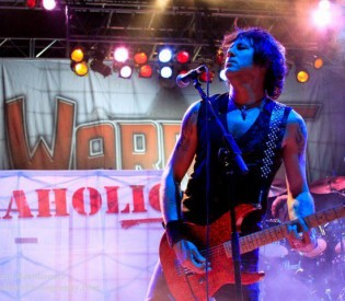 WARRANT guitarist Erik Turner talks ROCKAHOLIC with LRI