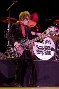 Tom Petersson and Daxx Nielsen, photo by Todd Reicher