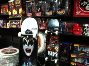 KISS product