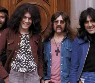 Nazareth guitarist and producer Manny Charlton talks to LRI about touring, the 70s and his work with Guns N' Roses