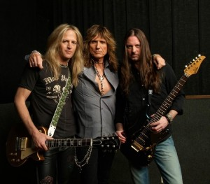 The bite behind Whitesnake, Doug, David Coverdale and Reb Beach