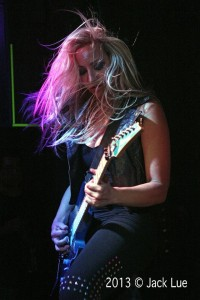 Nita Strauss, photo by Jack Lue