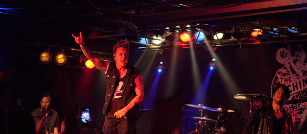 Papa Roach – The Machine Shop – Flint, MI – 10/15/13 (Photos)