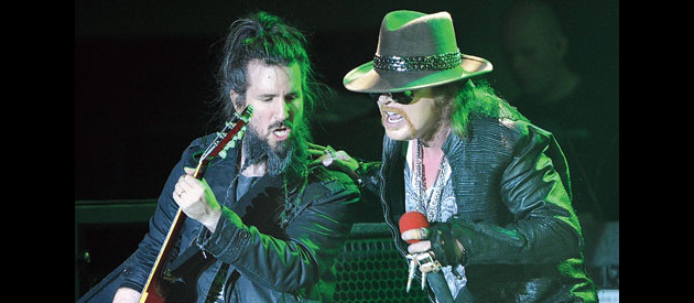 "Guns N' Roses guitarist Ron ""Bumblefoot"" Thal: ""Axl and I are two different people with two different lives and two totally different sets of hurdles to jump over"""